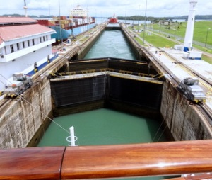 watched water raise ship miraflores locks impossible conceive 52000000 gallons